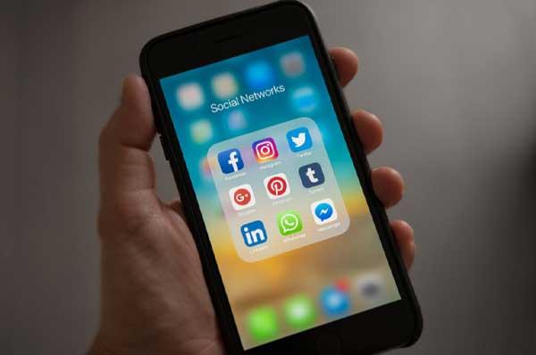 Social Media Carlow